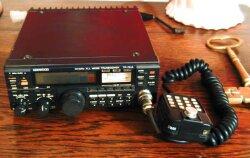 TR-751E v US verzii