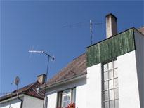 SAT antény na malom stožiari