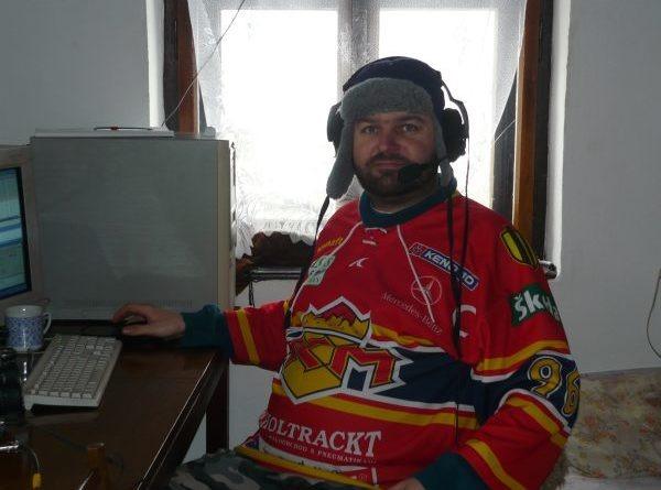 OM7KW je nadšený hokejový fanúšik