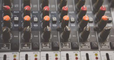 Detail mixážneho pultu