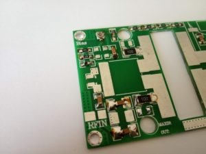 Vstupné obvody VKV zosilňovača MRF9180 / MRF186